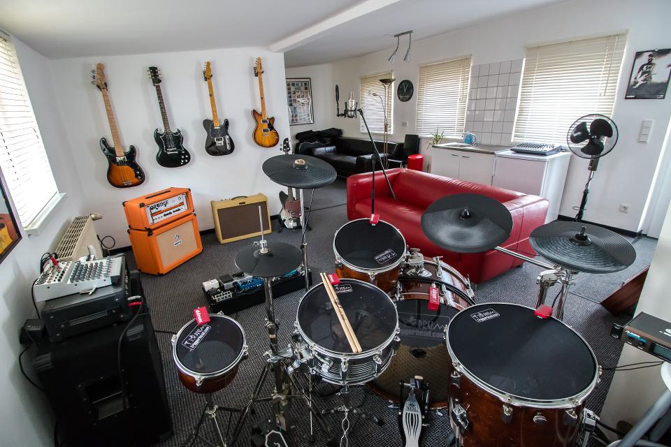 ton gut einfach gitarre lernen gitarrenunterricht in bottrop. Black Bedroom Furniture Sets. Home Design Ideas